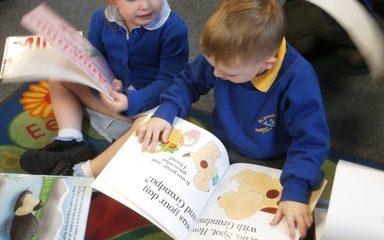 Nursery visit Blaydon Library.