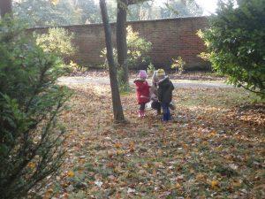 We went on an Autumn treasure hunt.