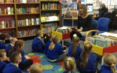 Year 3 visit the Library