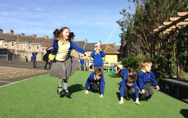 Year 2 Easter Trail and Races